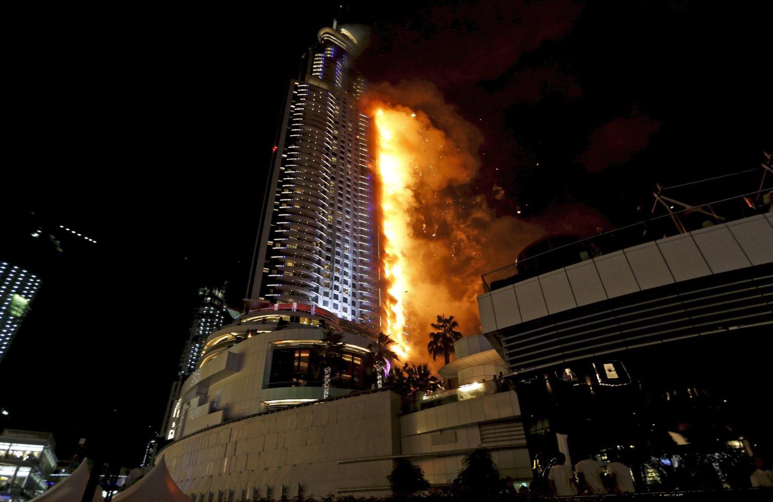 Dubai investigates luxury hotel skyscraper fire near burj for Which hotel in dubai