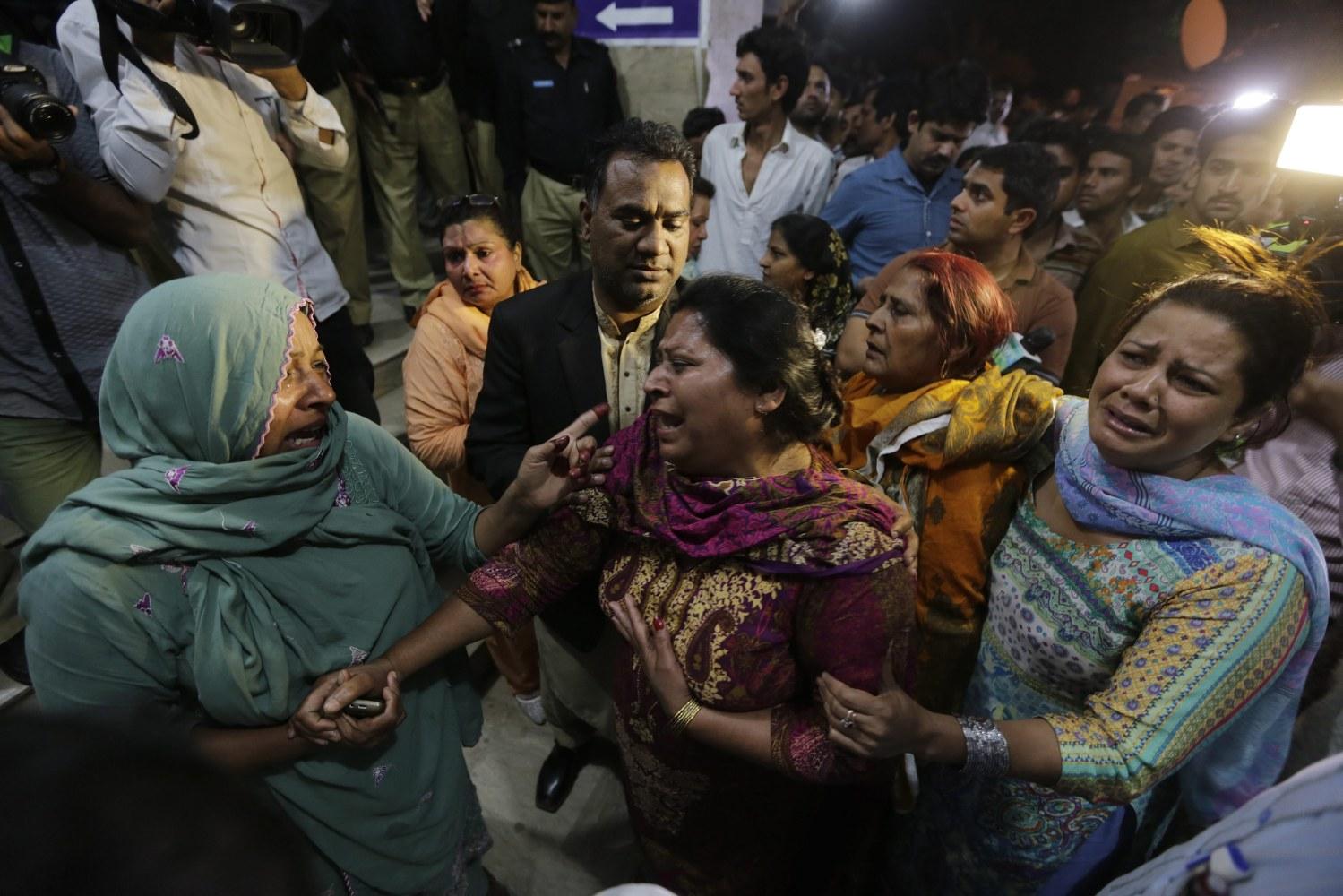 world asia lahore pakistan bombing