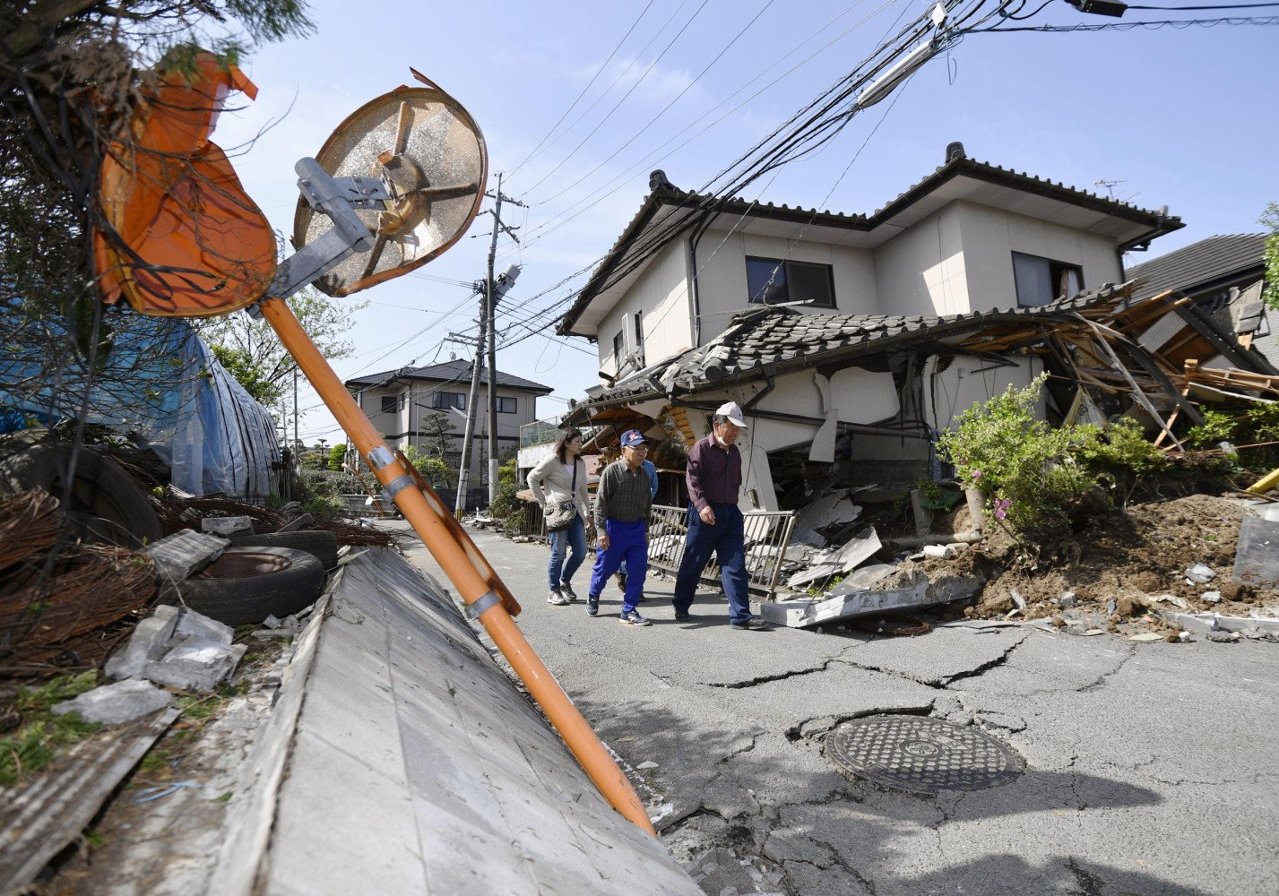 Japan Earthquake: Daylight Shows Extent of Damage After 9 Killed ...