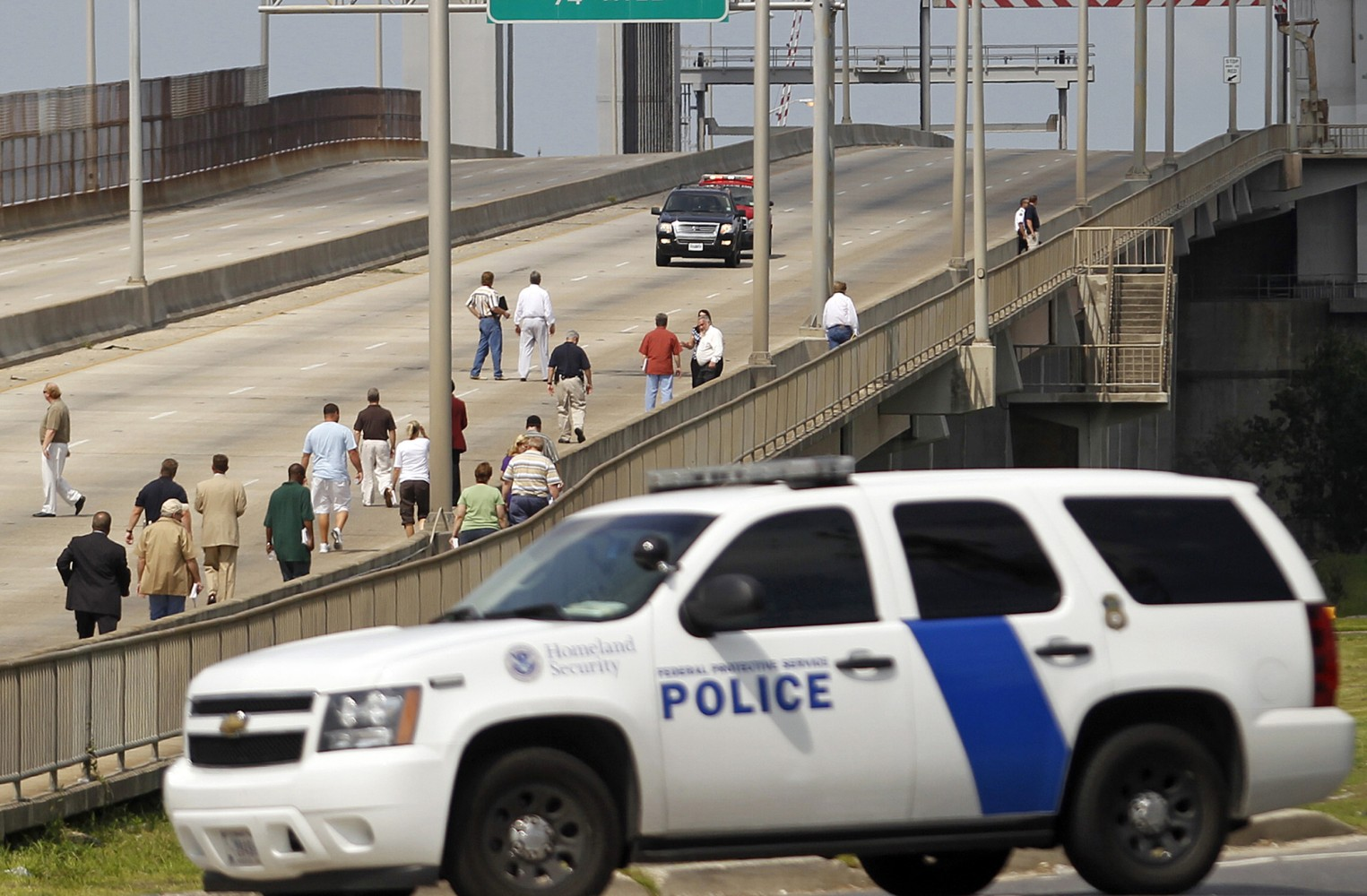 Five ex new orleans police officers plead guilty to for Police orleans