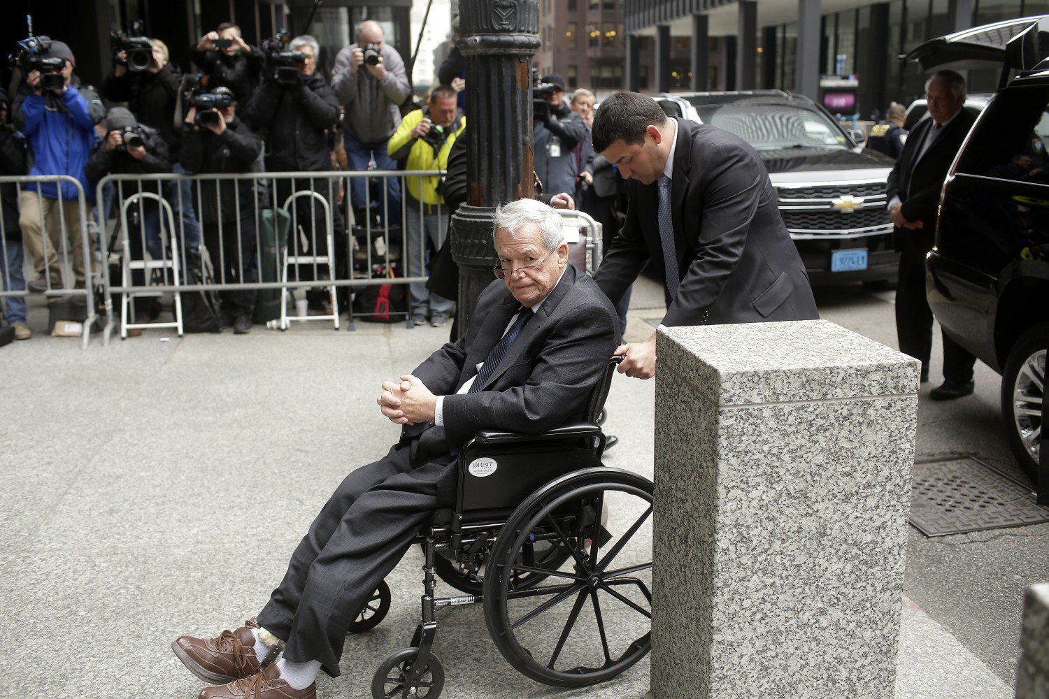 Judge bars ex-Speaker Dennis Hastert from being alone with minors