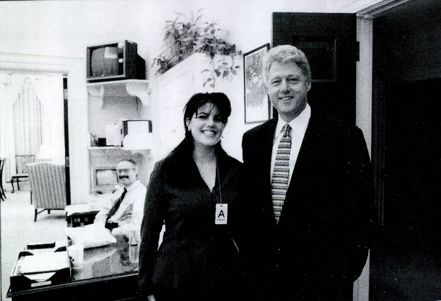 """lewinsky scandal Hln, sister network of cnn, is set to revisit the shocking affair that nearly toppled a presidency"""" with a two-part special on monica lewinsky and former president clinton """"the monica lewinsky scandal will run sunday at 9 pm as part of hln's true crime series, how it really happened,"""" with host hill."""
