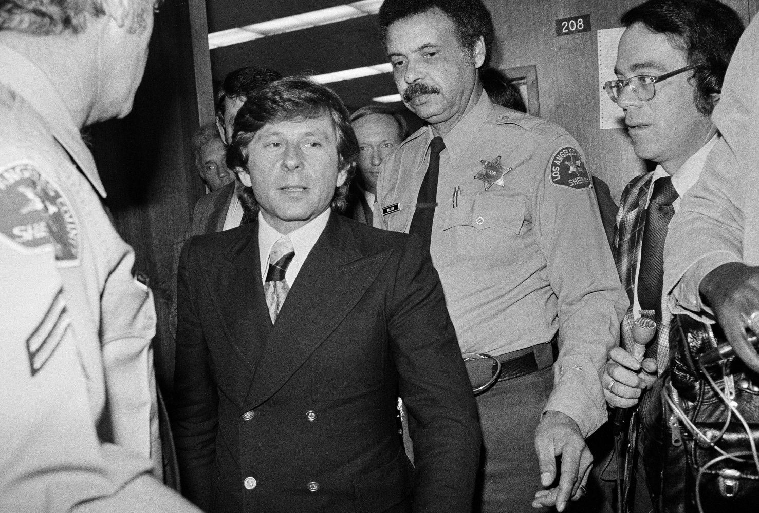 roman polanski Roman polanski is accused of sexual abuse by a third victim roman polanski is a filmmaker known for such films as rosemary's baby, chinatown, and the oscar-winning film the pianist.
