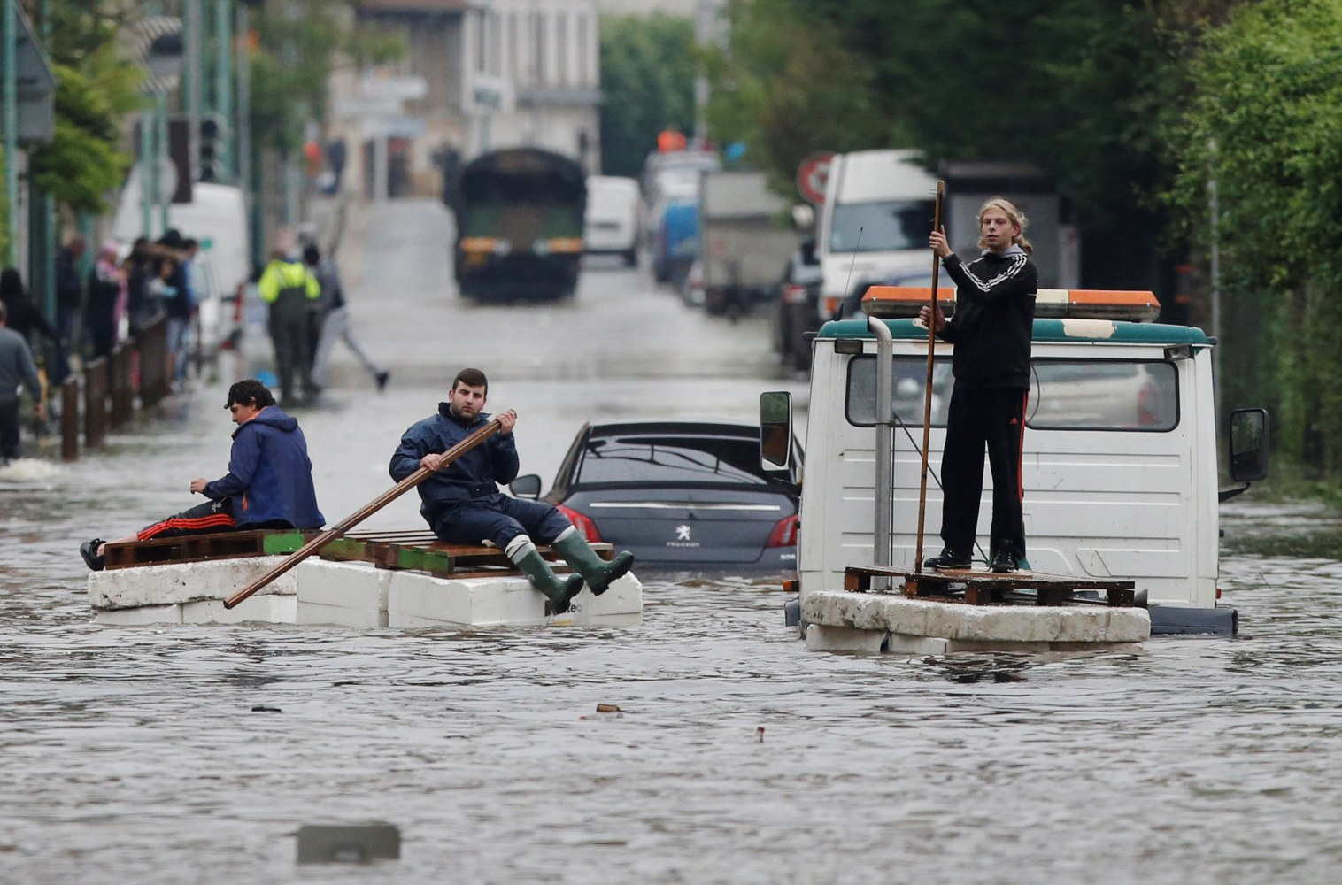 France Flooding Death Toll Rises to Four as Seine River Peaks in Paris ...