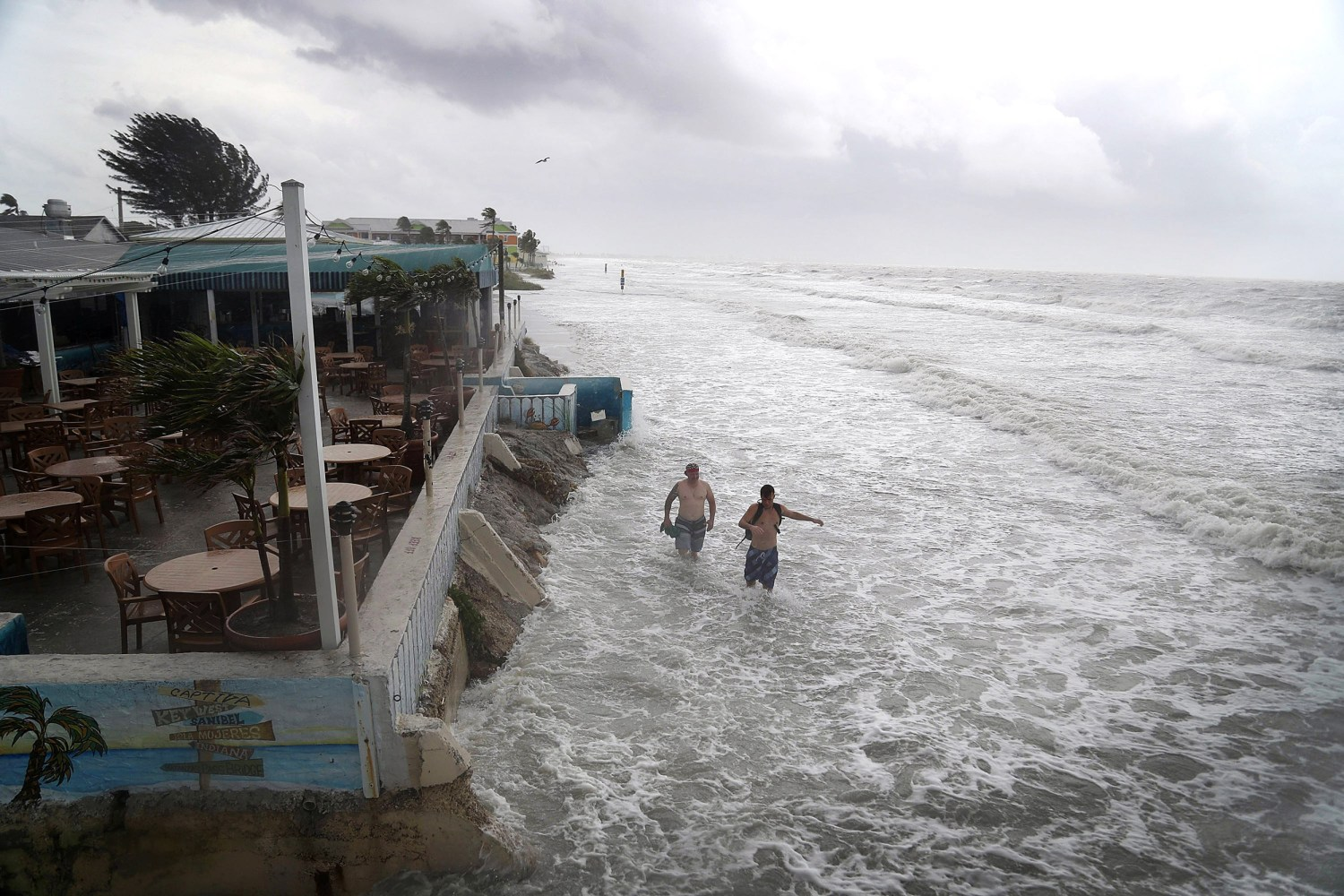 Tropical Storm Colin Poised To Make Landfall On Florida S