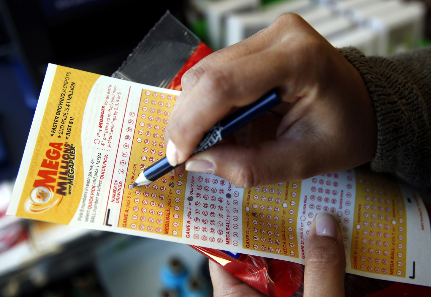 mega millions sweepstakes phone call winning 540m mega millions ticket sold in indiana nbc news 7227