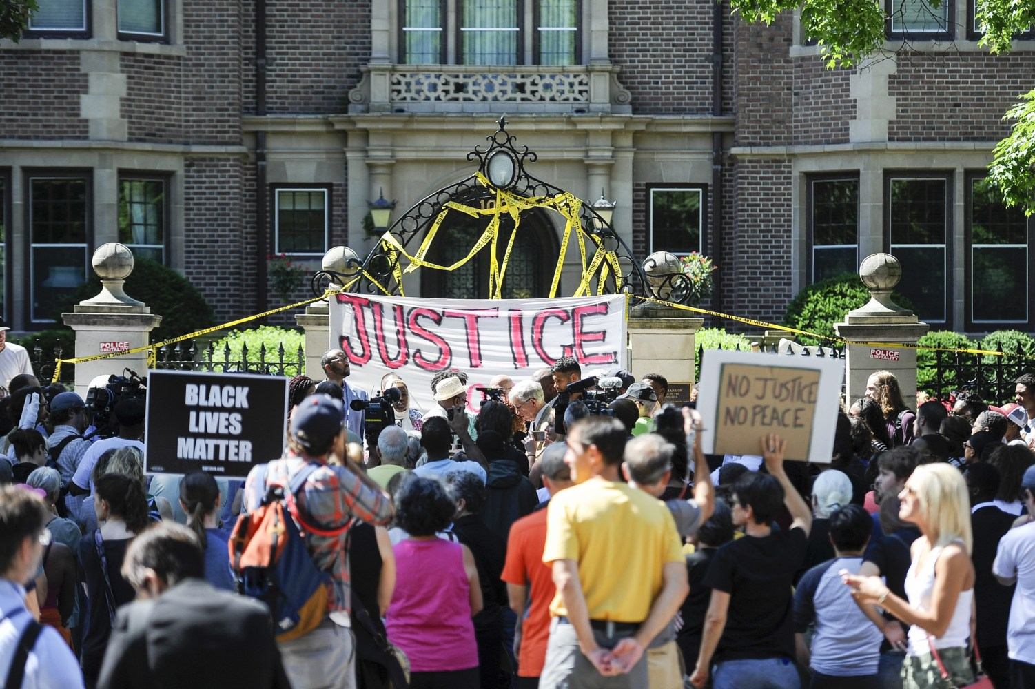 Philando Castile, Killed By Police During Traffic Stop ...
