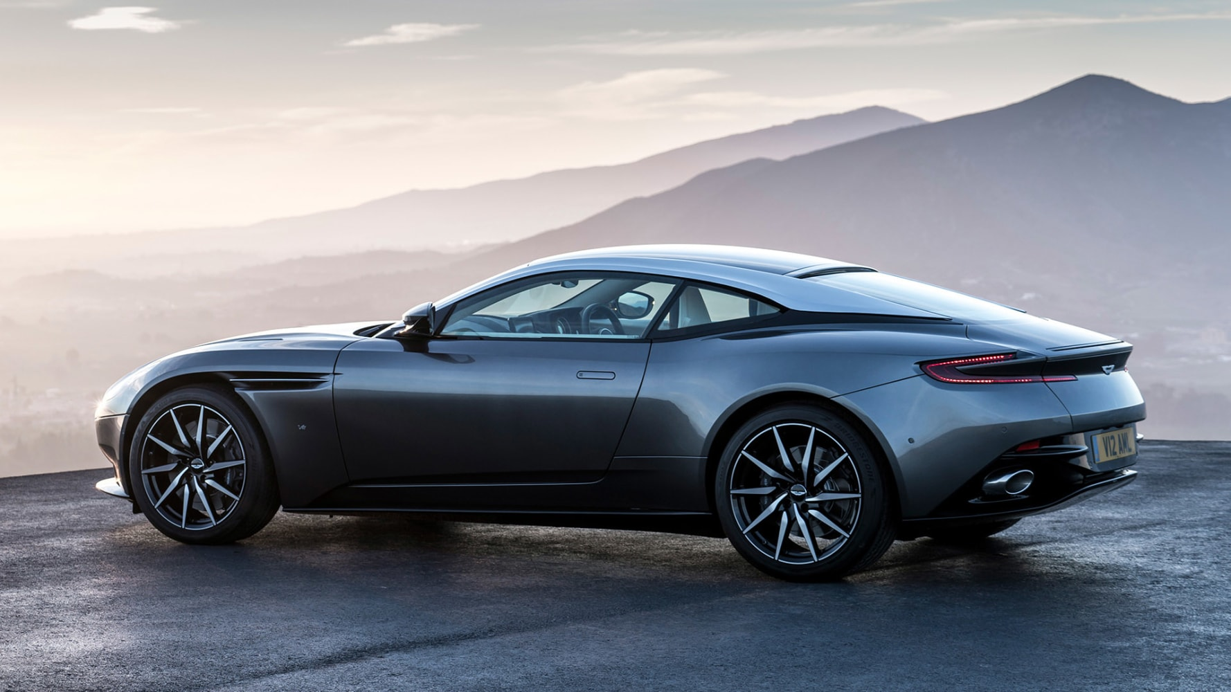 aston martin 39 s quantum leap why 007 might not recognize his next ride nbc news. Black Bedroom Furniture Sets. Home Design Ideas