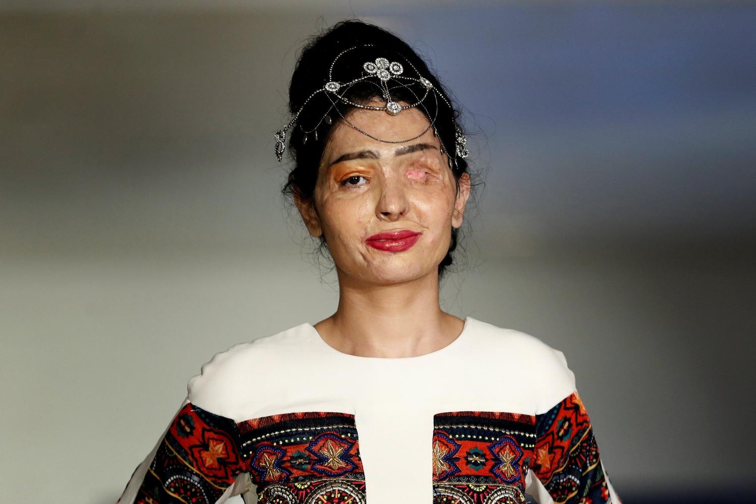 india acid attack survivor walks runway at ny fashion