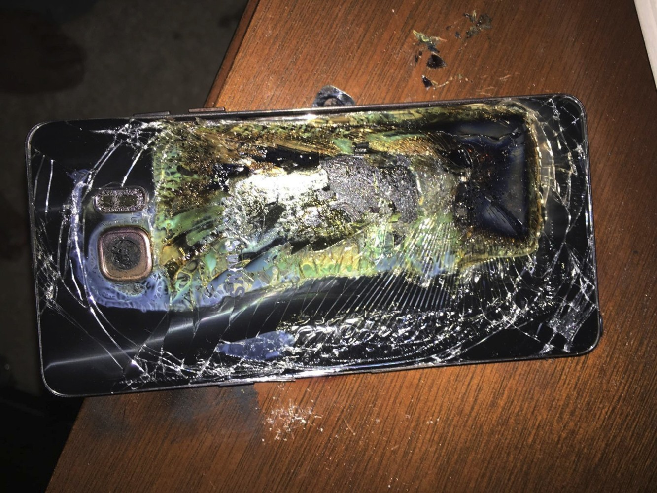 samsung finally explains the galaxy note 7 exploding