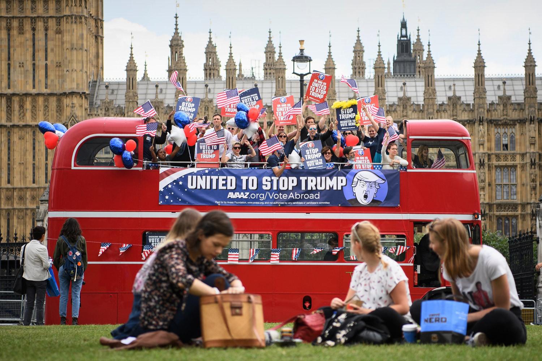 Image The Stop Trump Campaign Bus Tours London