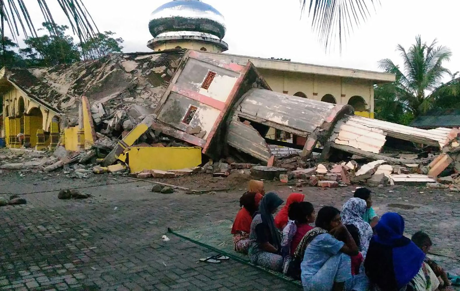 At Least 25 Dead After Quake Rocks Indonesia's Aceh Province