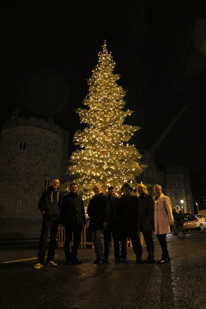 image a delegation from lauscha germany - German Christmas Tree