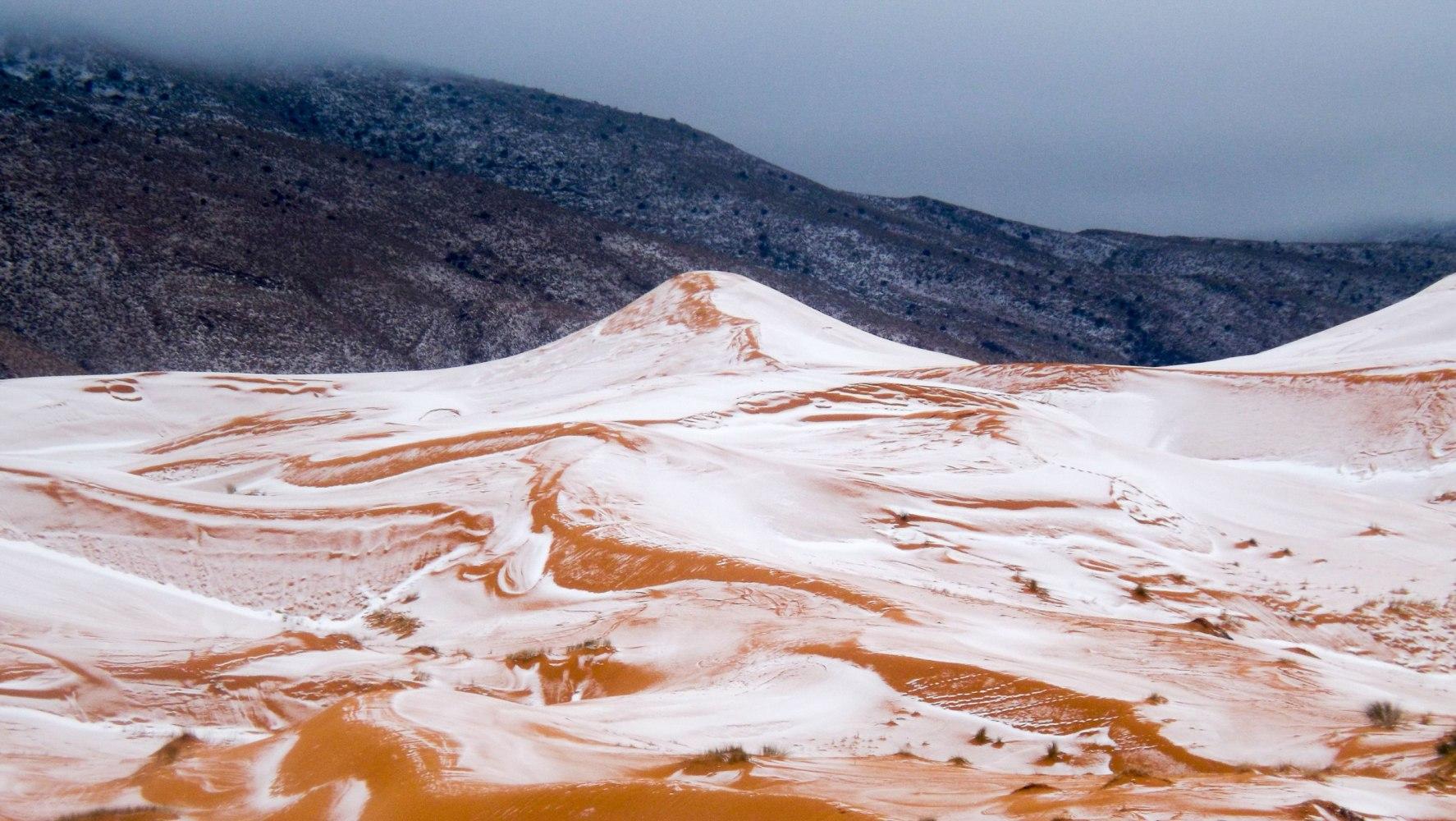 Snow In The Sahara Desert Ain Sefra Algeria 20 Dec 2016