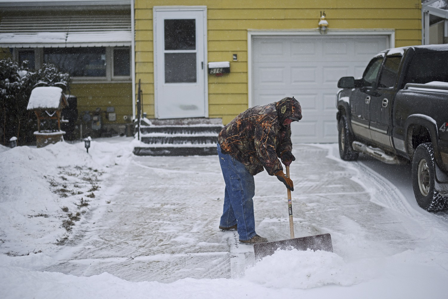 White Christmas: Storms Expected to Leave Holiday Blanket of Snow ...