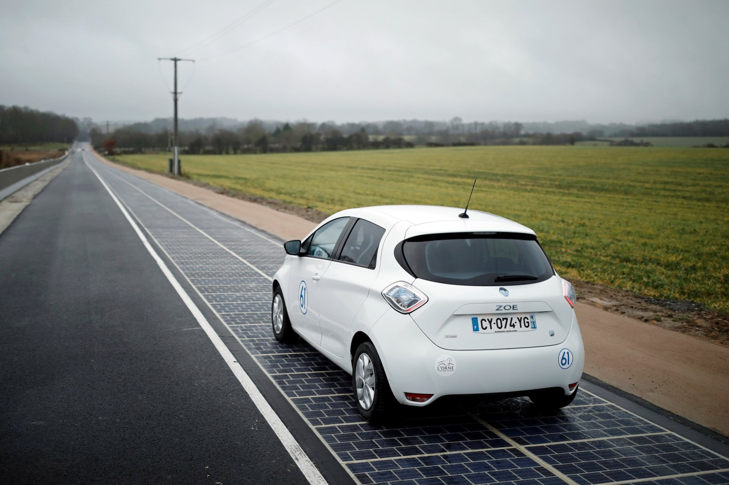 World\'s First Solar Road Opens in Normandy, France - NBC News