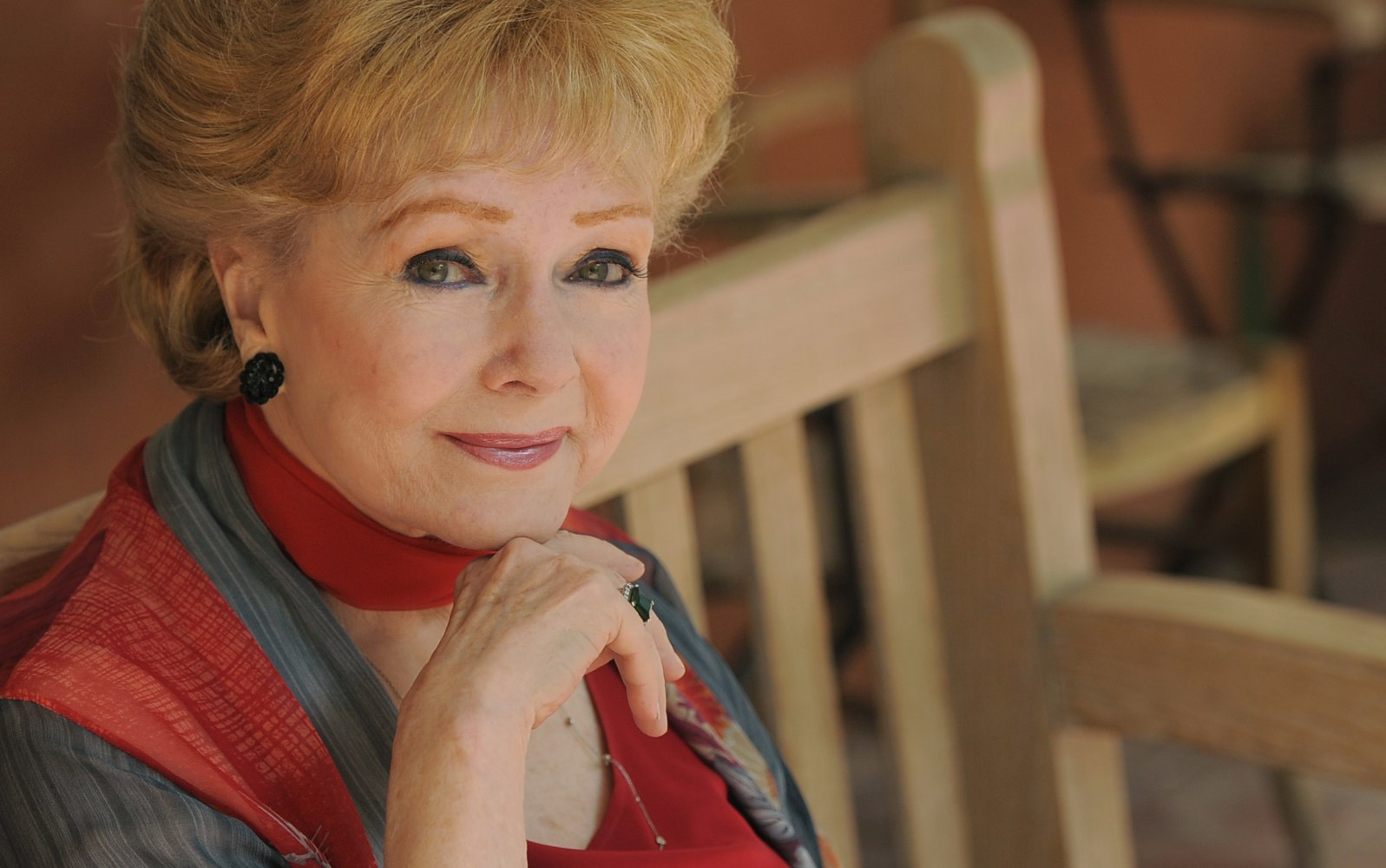 celebrity deaths in some of the many famous figures we debbie reynolds