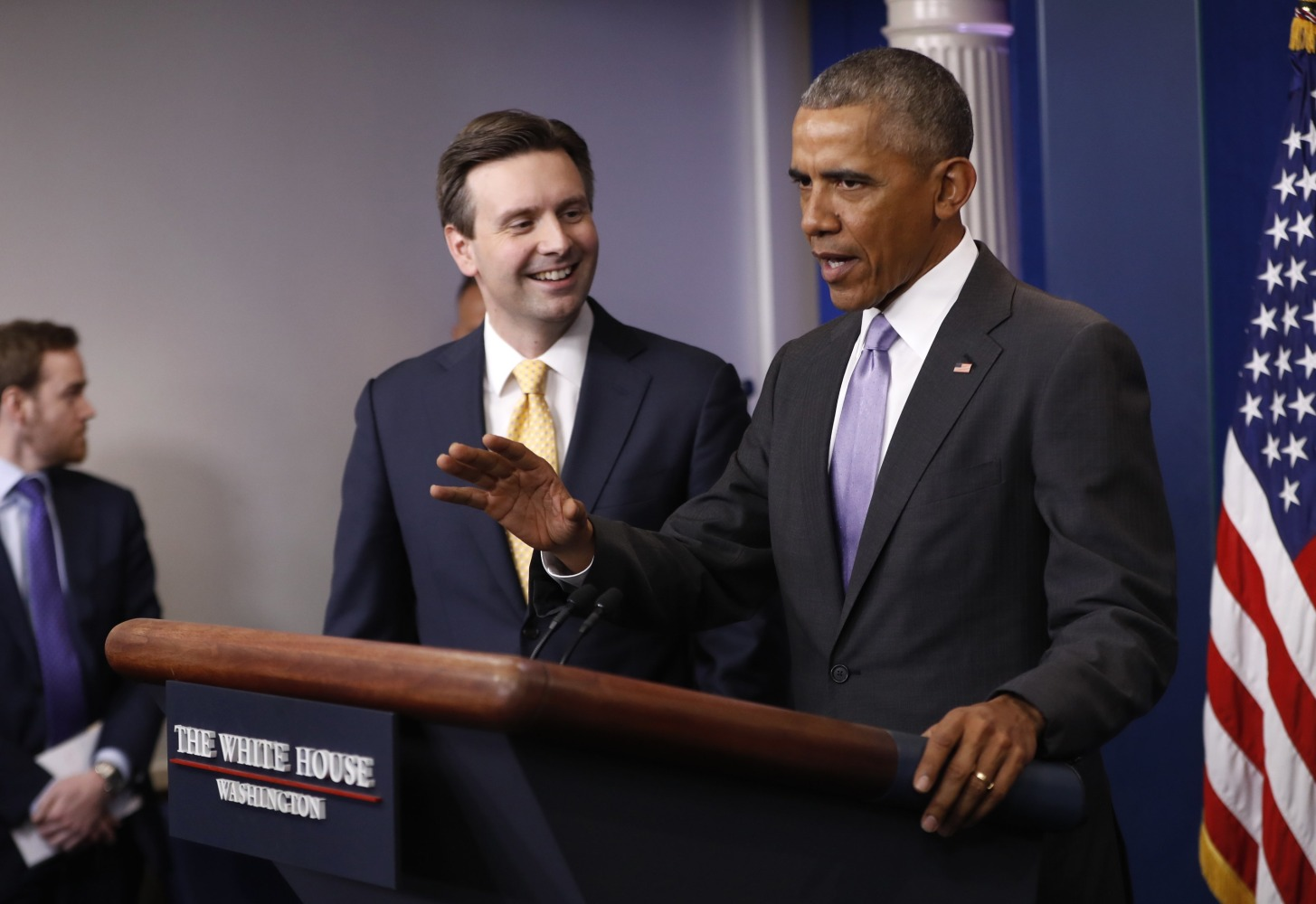 Obama Lavishes Praise on Josh Earnest During Last White House Press Briefing