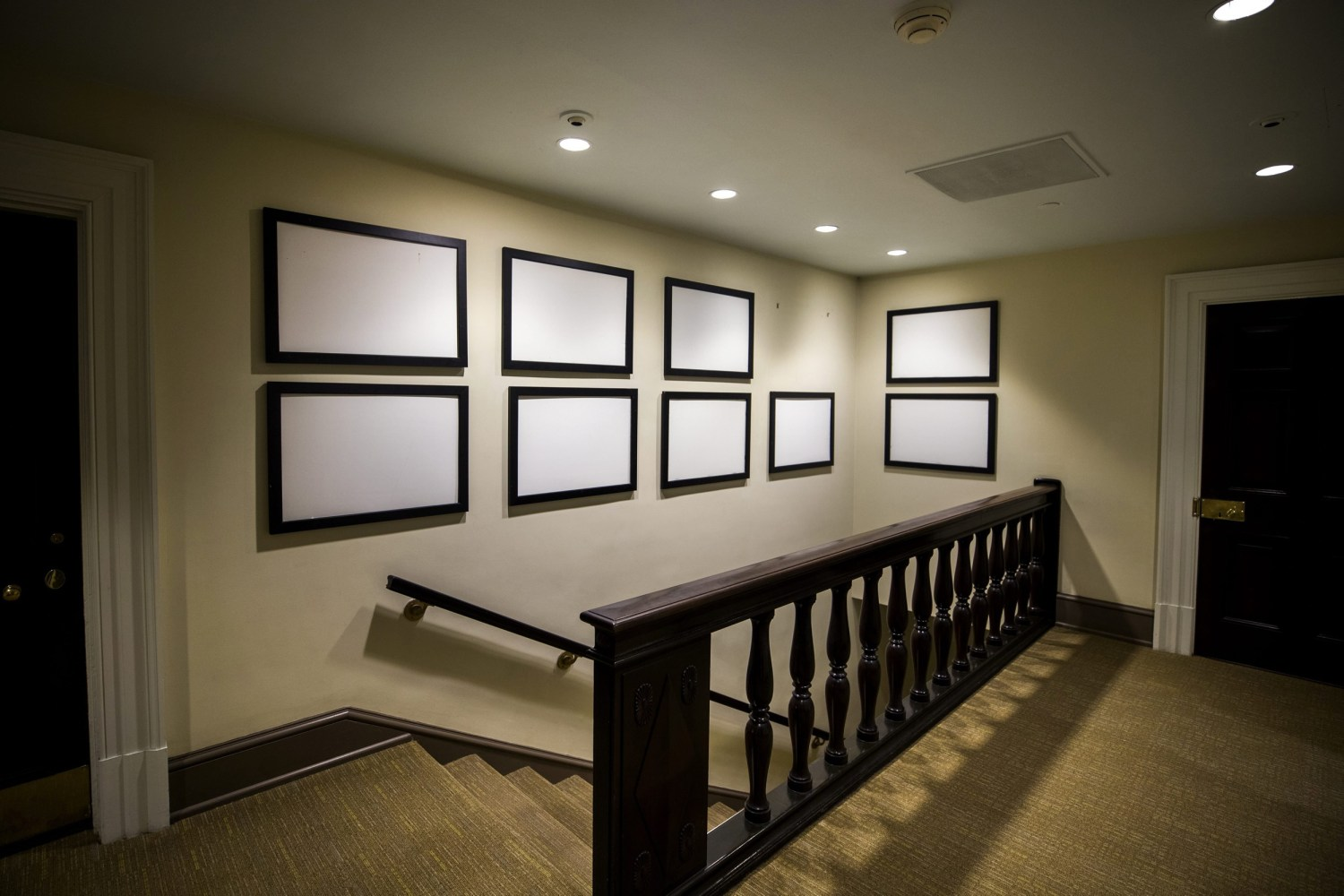 Image: Picture Frames That Once Displayed Photographs Of President Barack  Obama Now Sit Empty In