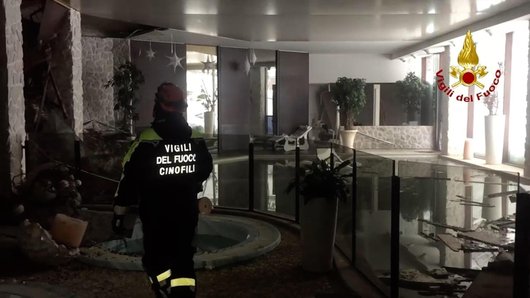 Image An Italian Firefighter Walks Inside The Hotel Rigopiano After Avalanche
