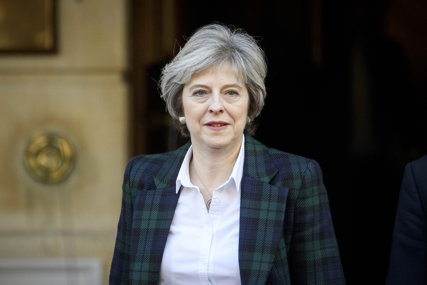 UK PM Theresa May to Give Trump a Quaich: What Is It, And ...