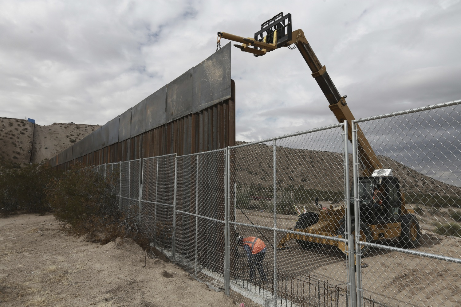 Ron Paul: A Better Solution Than A Border Wall