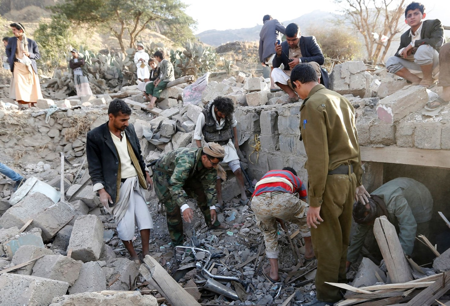 story trump unleashed airstrikes over five days yemen