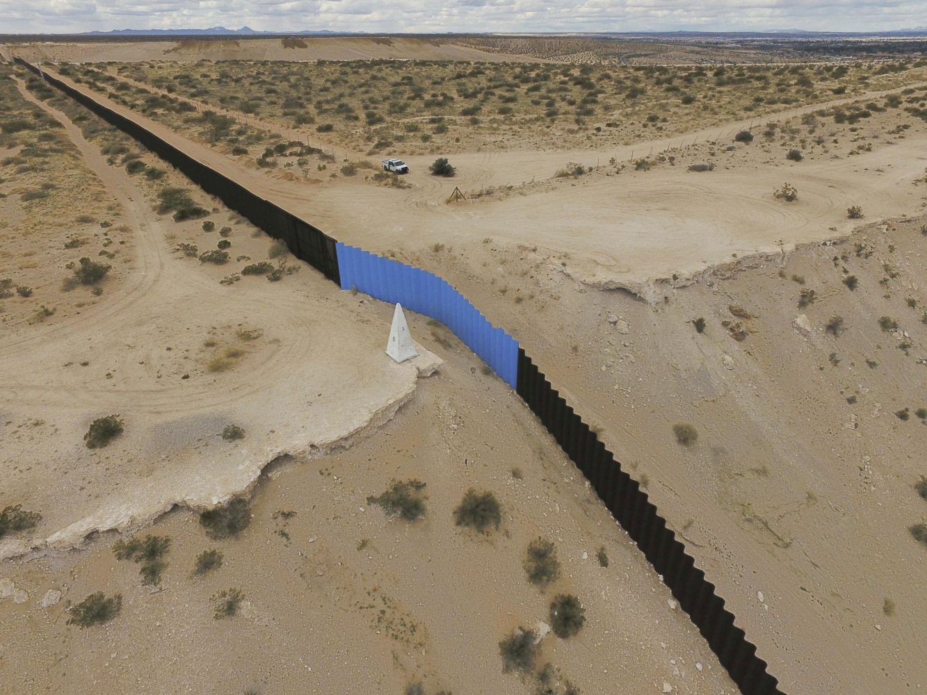 Homeland security puts out notice for border wall design for Border wall