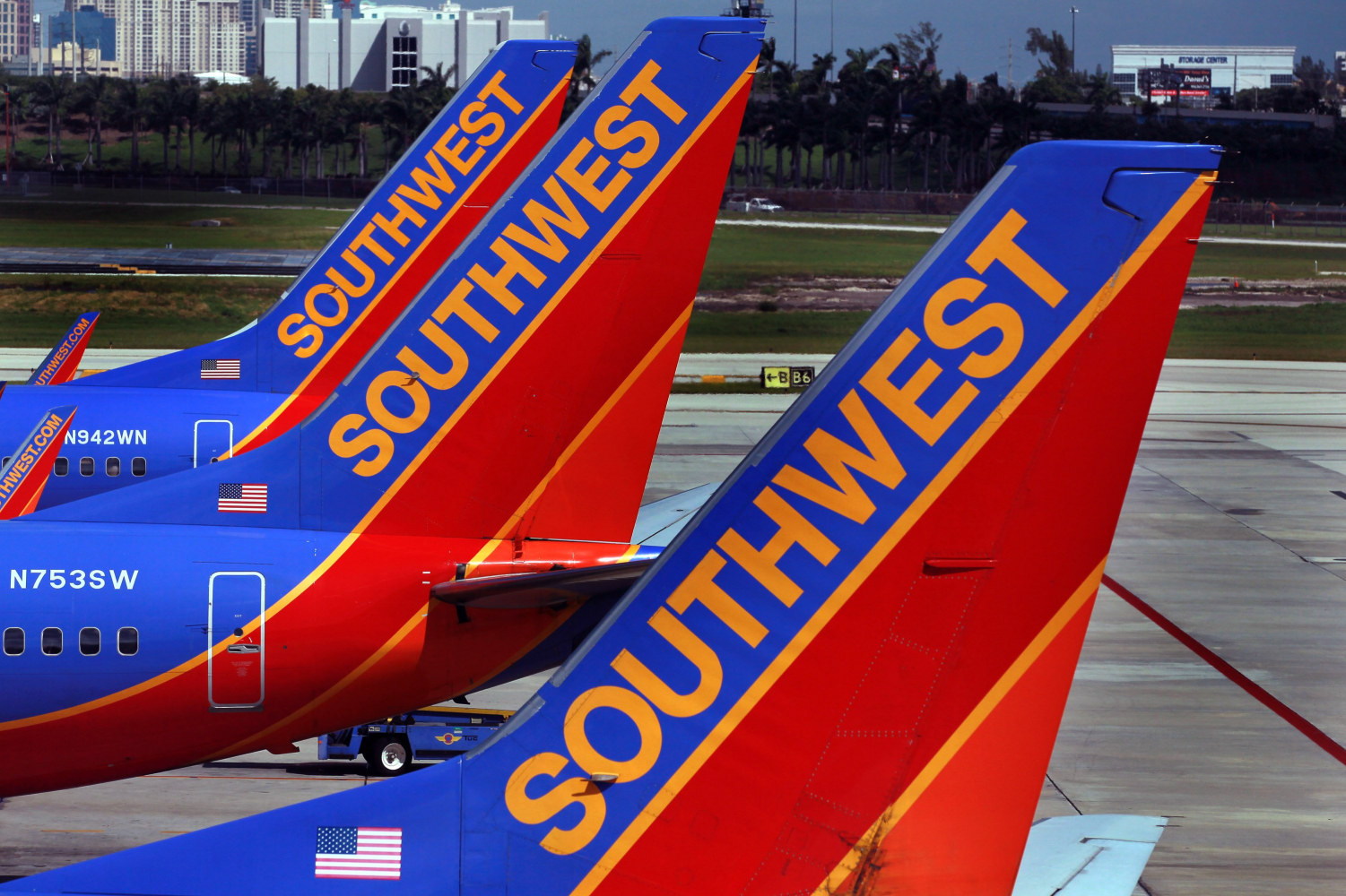 Passenger pulled off Southwest Airlines flight