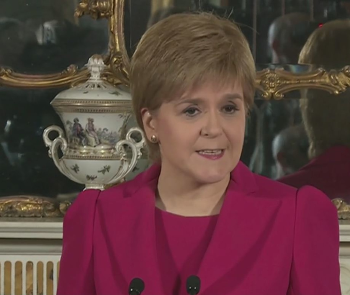 Brexit: Scotland's leader Nicola Sturgeon seeks new independence referendum