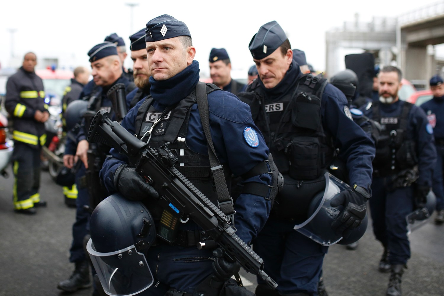 French Army to replace the Famas Rifle -The Firearm Blog |French Famas Police