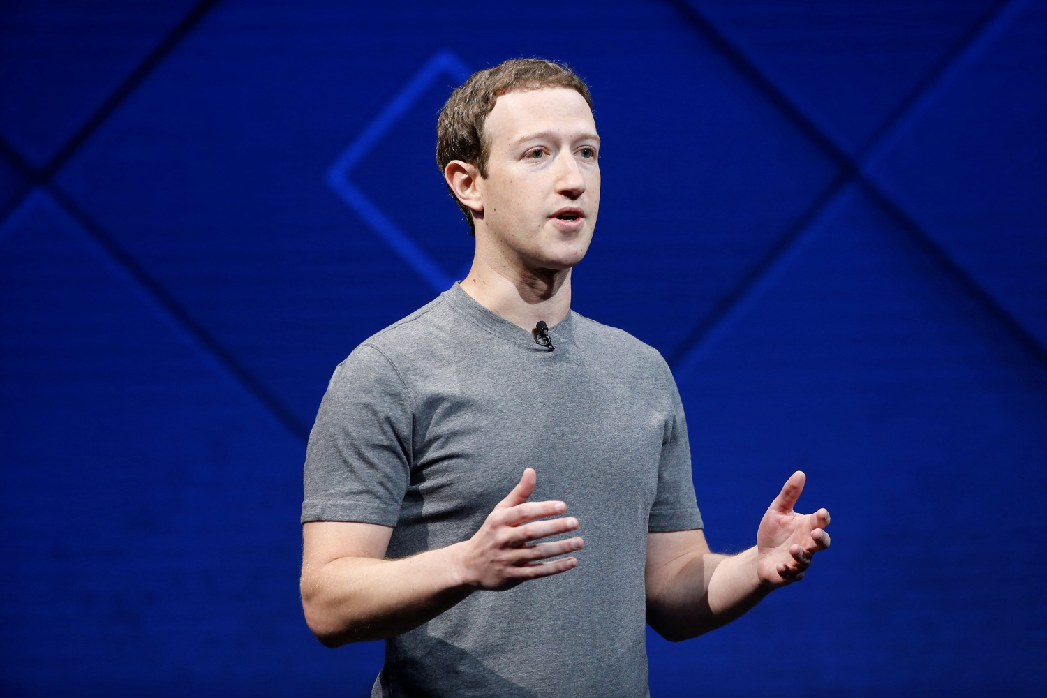 Zuckerberg to transform Facebook New Camera to depict reality