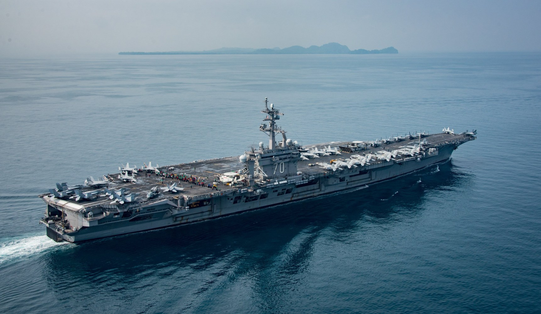 U.S. admiral takes blame for carrier confusion
