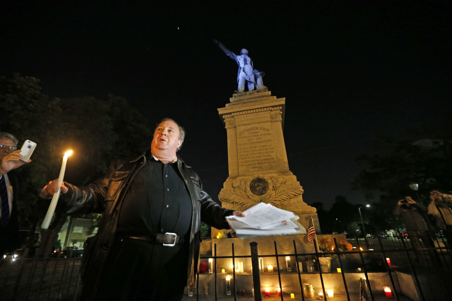 Mayor: City won't be deterred in statue removal