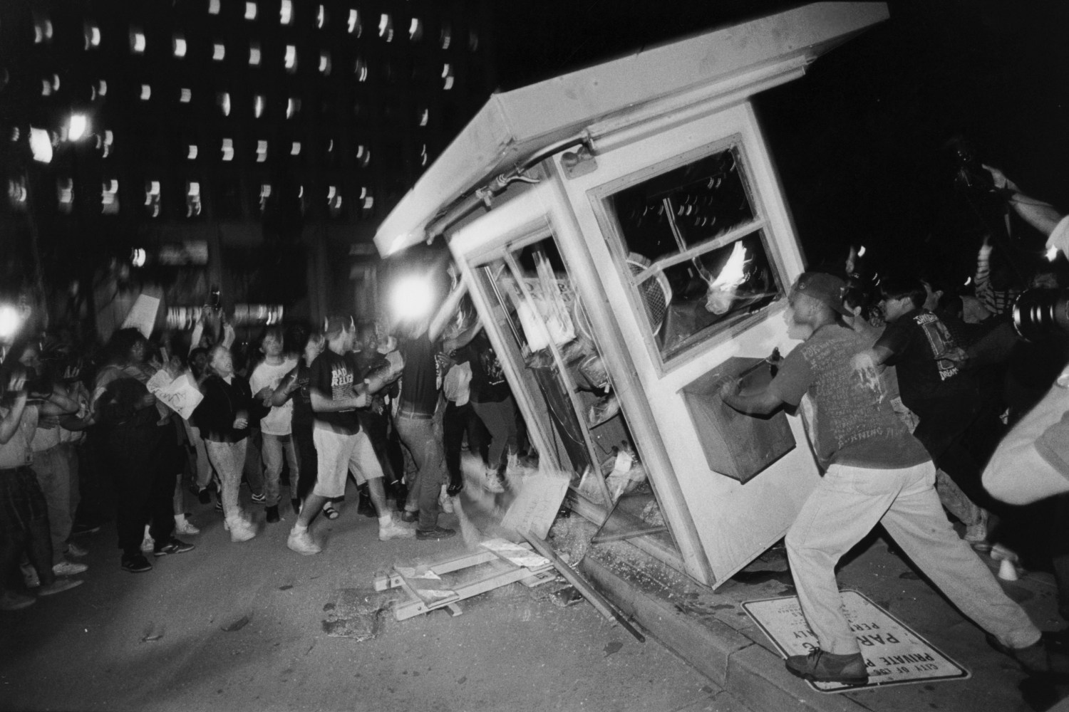 los angeles the city of riots Los angeles city council members and others on friday marked the 25 years since the los angeles riots by organizing events intended to display what organizers called a cross-cultural display of unity at city hall.