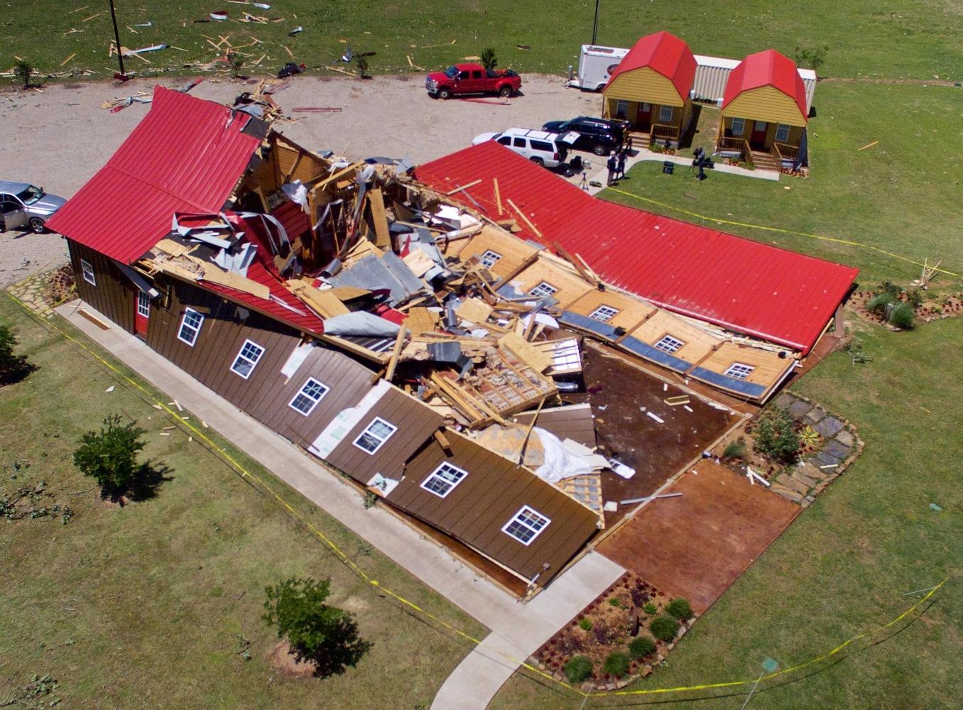 13 Dead Dozens Injured After Tornadoes Storms Batter