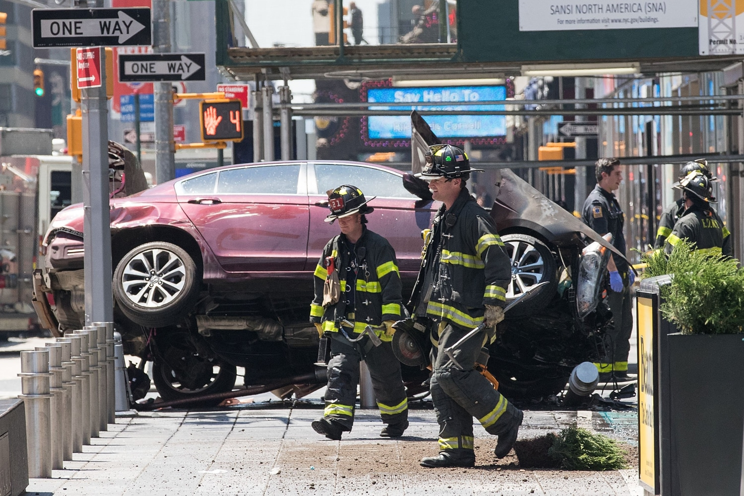 MI  teen visiting NY  killed in Times Square crash