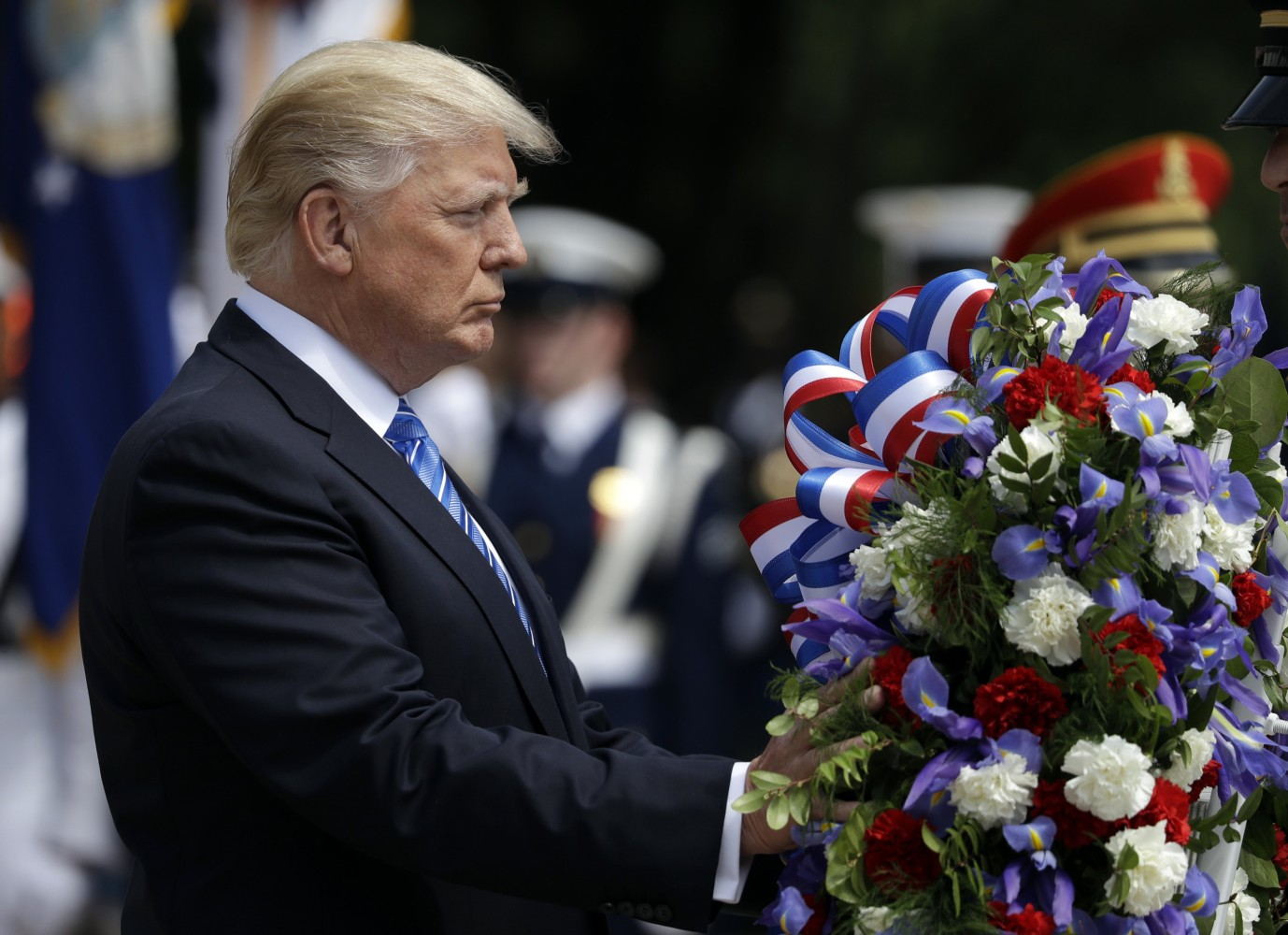 President Trump Pays Memorial Day Tribute at Tomb of ...