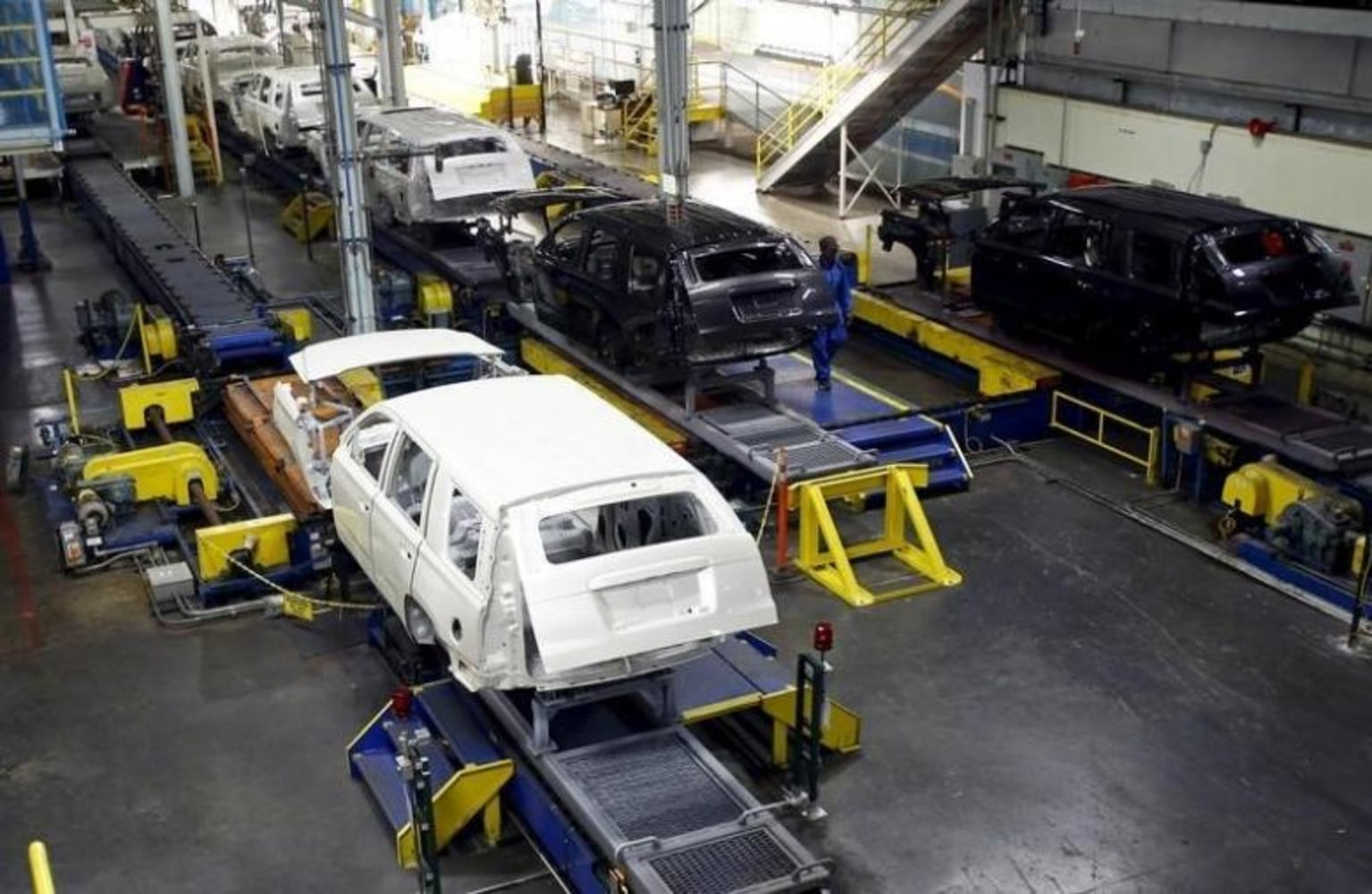 Automakers are making production cuts faster than at any for General motors assembly plant