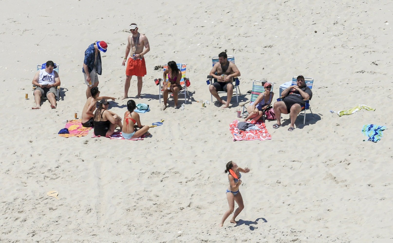 Chris Christie Right Uses The Beach With His