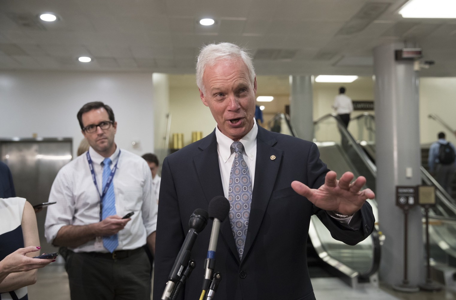 Ron Johnson Questions If McCain's 'No' Was Due to Cancer