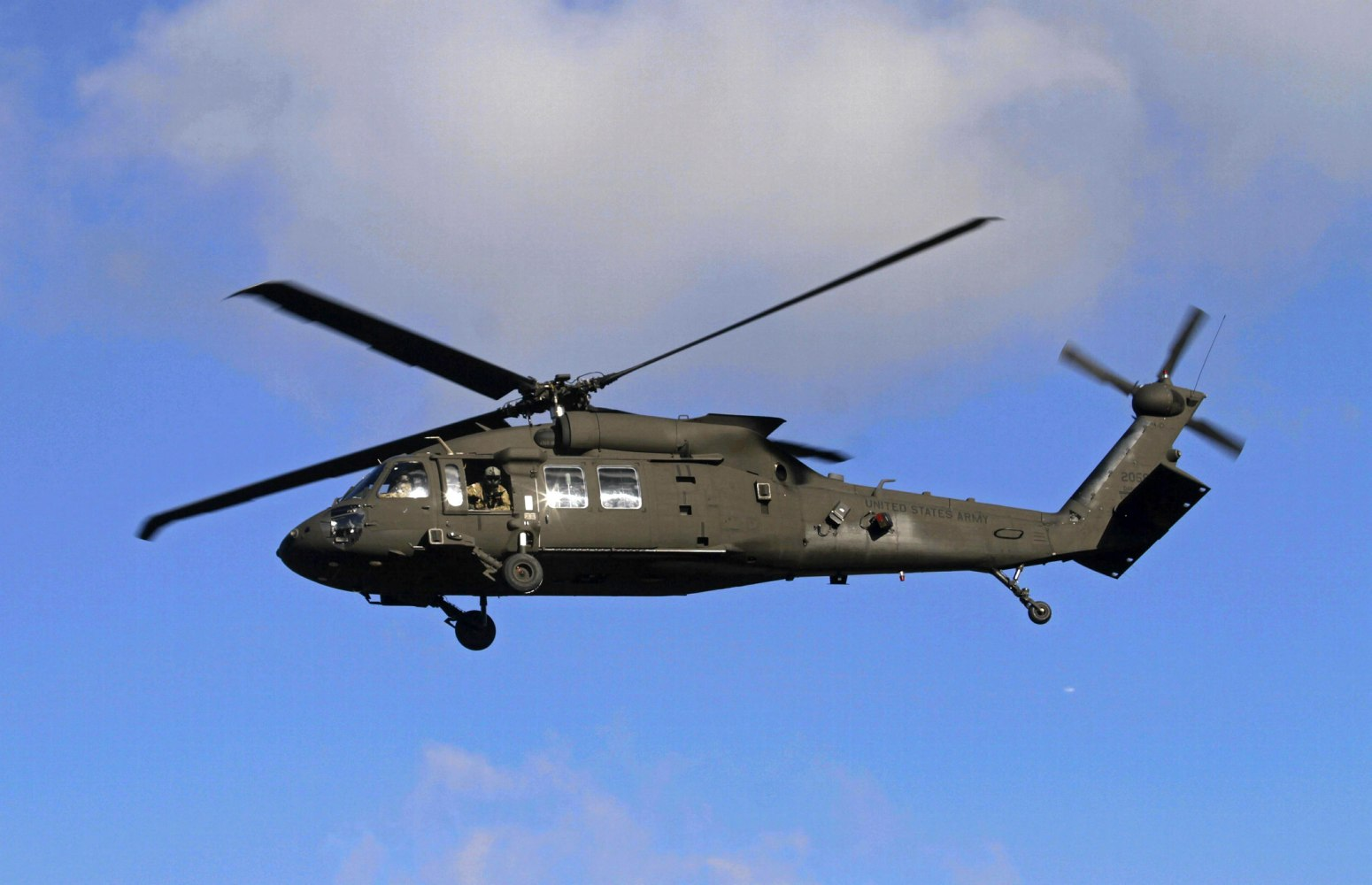 five missing after army helicopter goes down off hawaii nbc news