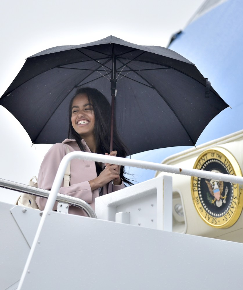 Malia Obama Spotted at Harvard for Move