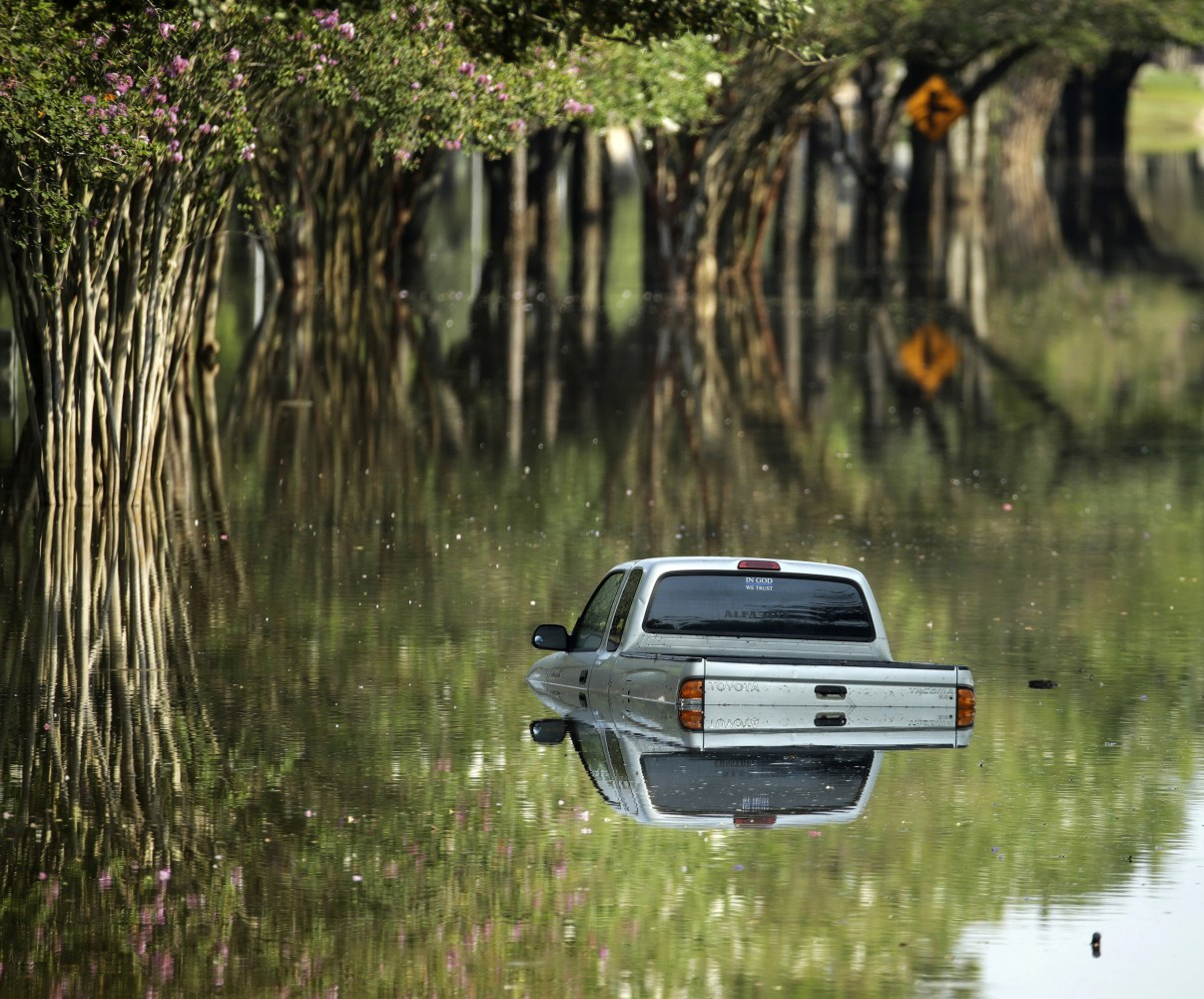 how to steer clear of buying a flood damaged car nbc news. Black Bedroom Furniture Sets. Home Design Ideas