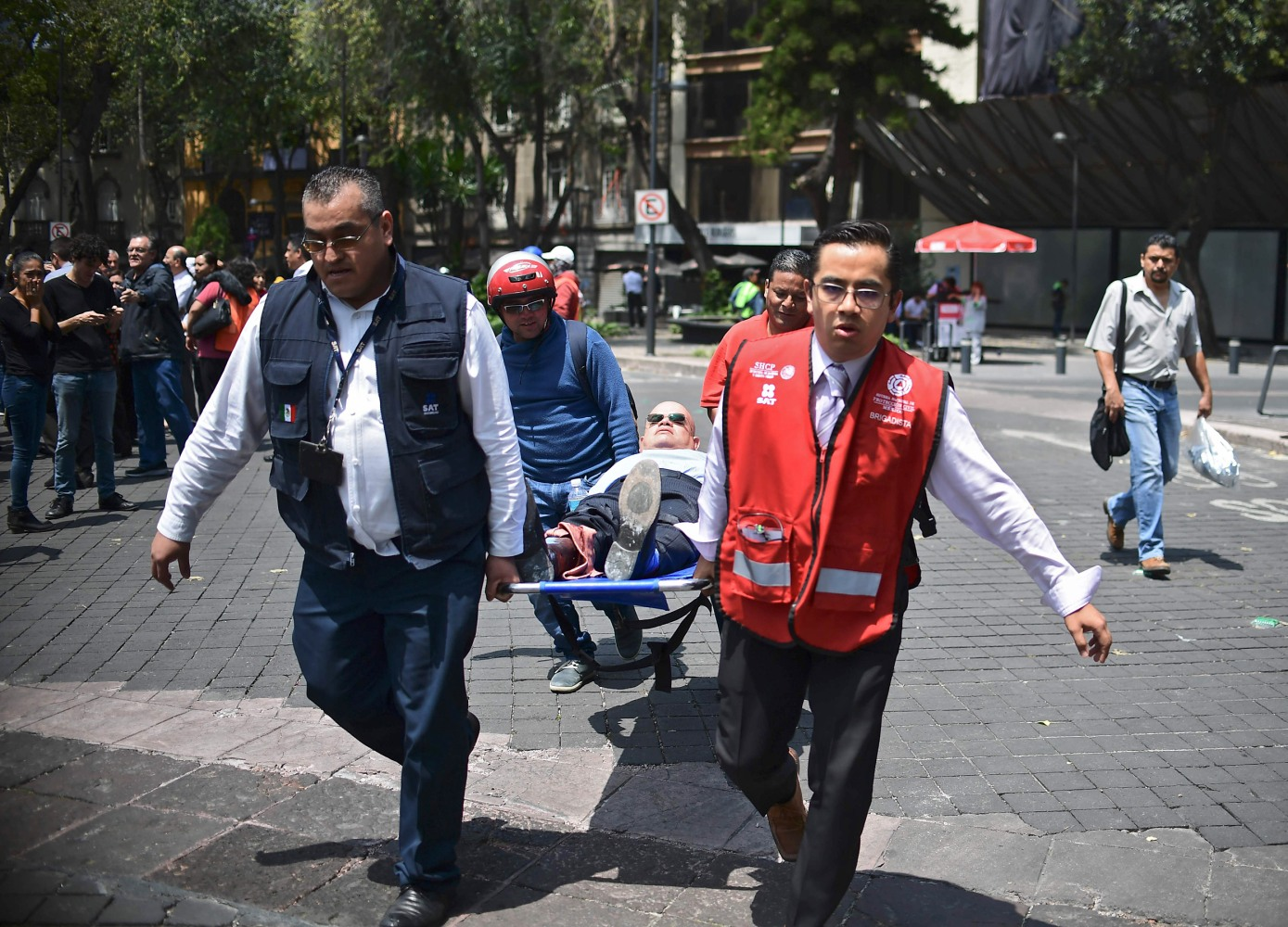 At least 42 people dead as powerful tremor rocks Mexico City