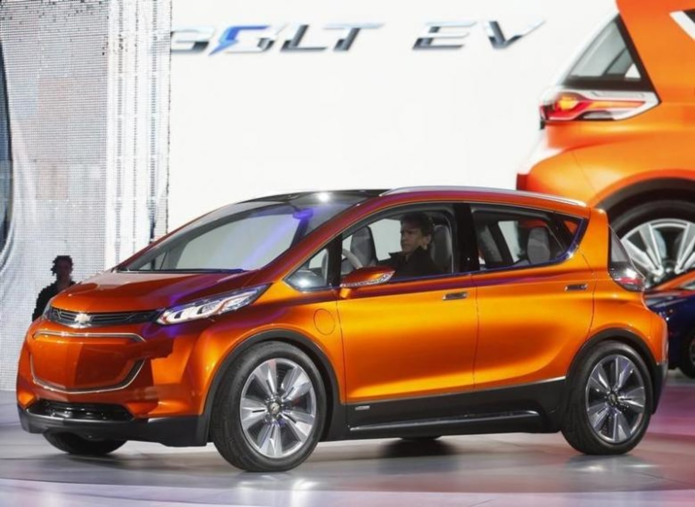 GM Is Going All Electric, Will Ditch Gas- and Diesel ...