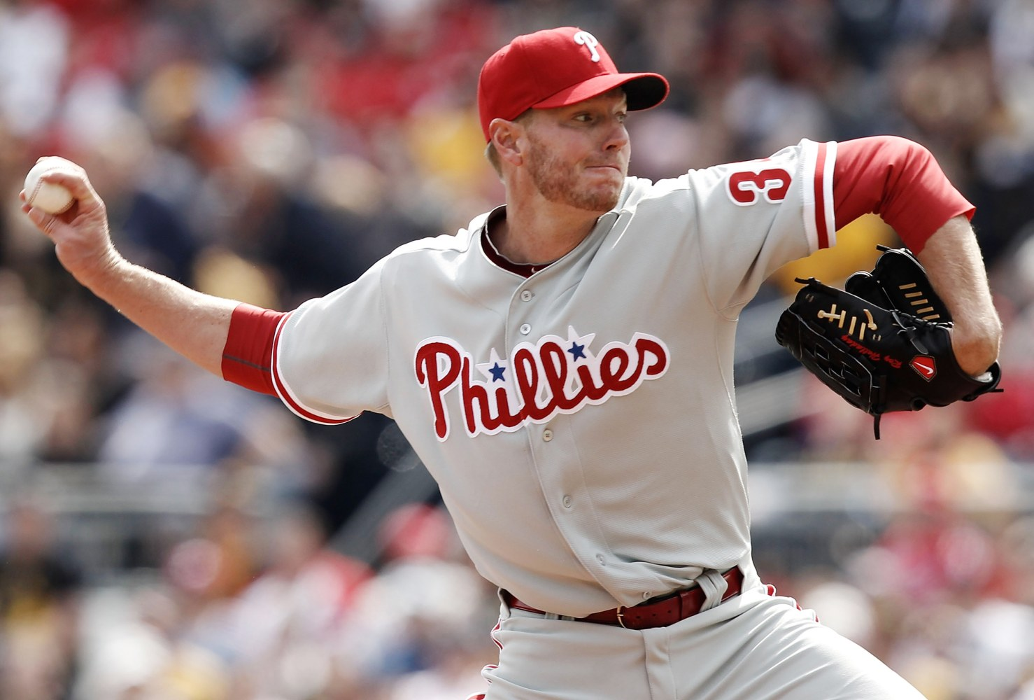 Roy Halladay dies in plane crash