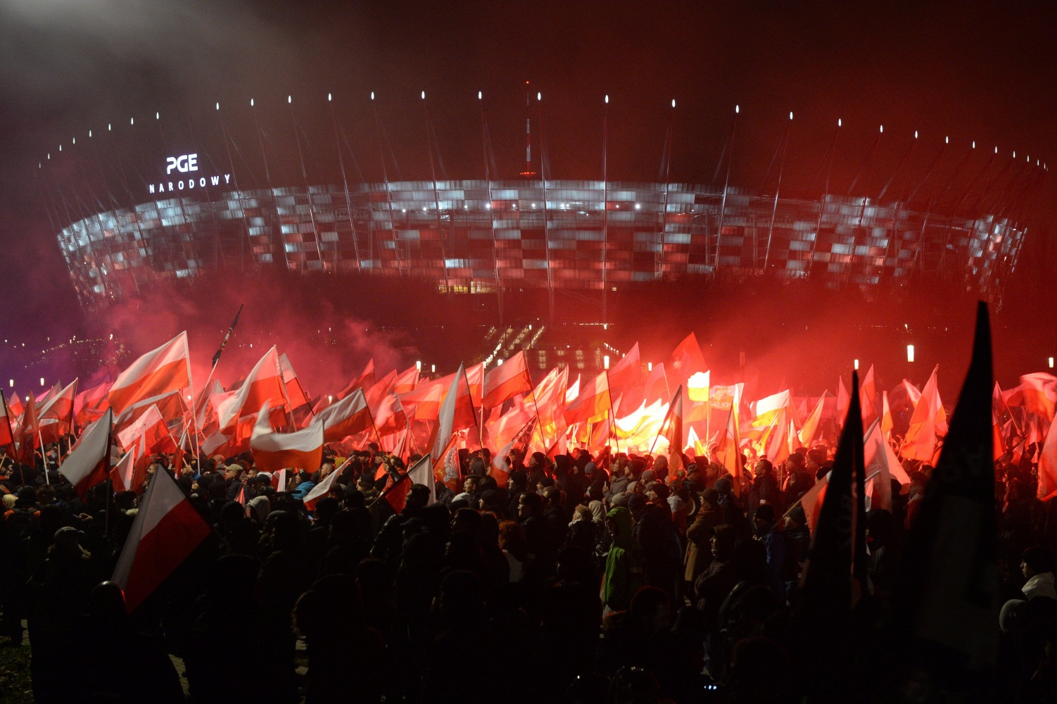 Warsaw nationalist march draws tens of thousands