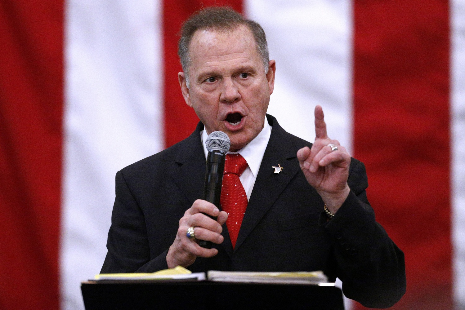 Roy Moore refuses to concede Alabama defeat