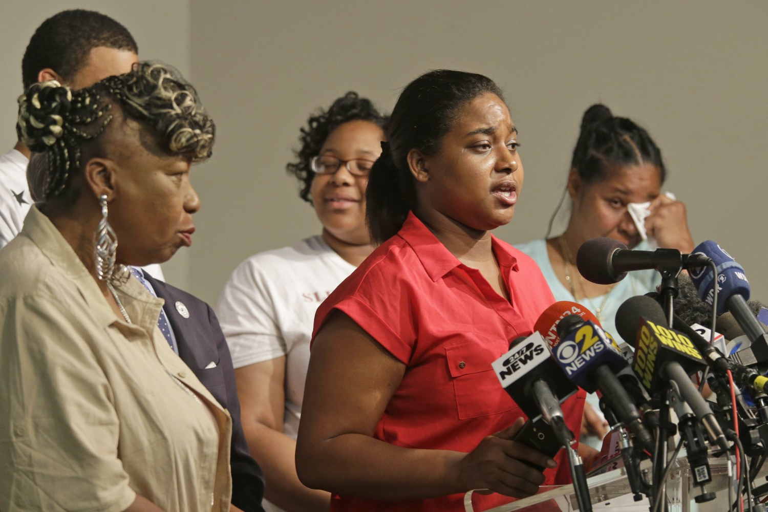 Erica Garner, Daughter of Eric Garner Dies at 27